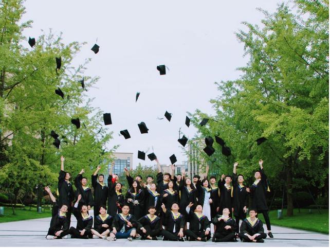 生活不易初中毕业去郑州技术学校学什么专业好