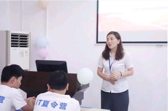 郑州北大青鸟翔天信鸽夏令营第一期圆满结束