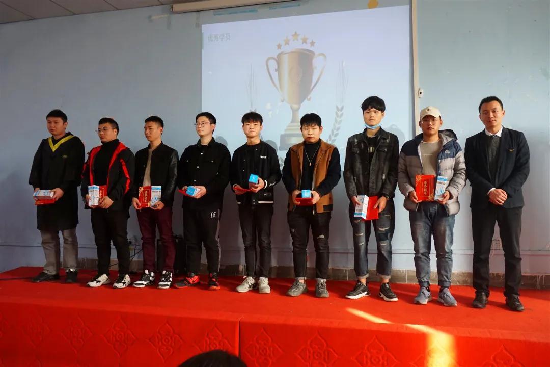 郑州学校中专比较好的学校?