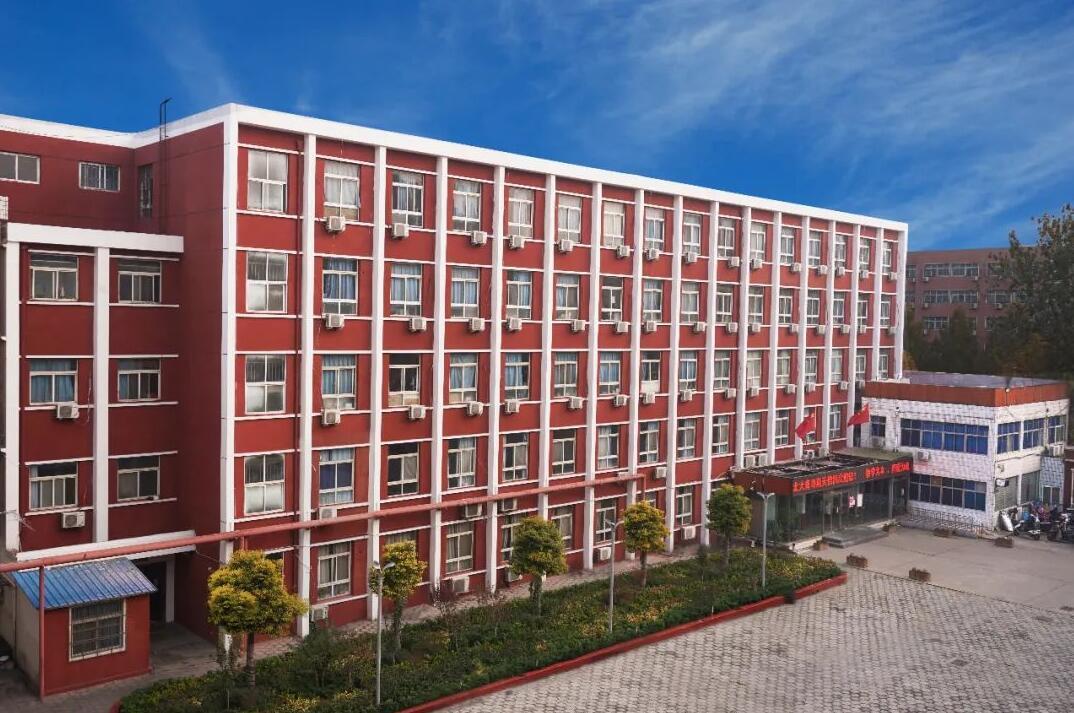 郑州北大青鸟翔天信鸽学校到底怎么样,真实评价?