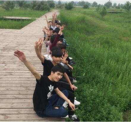 郑州北大青鸟翔天信鸽校区T160班户外拓展训练